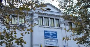 """Biblioteca Județeană """"Alexandru și Aristia Aman"""" organizează vizionare de film cu dezbatere."""