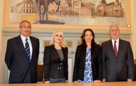 Președintele Consiliului Județean Dolj, Ion Prioteasa, a primit, vineri, vizita ambasadorului Republicii Cuba în România
