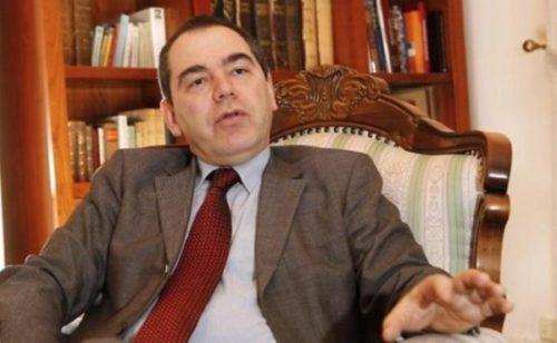 """Ministrul Culturii, prima donatie pentru achiziționarea sculpturii """"Cumințenia Pământului"""""""