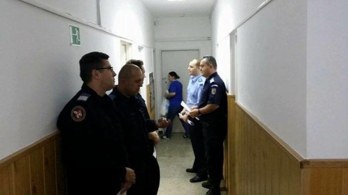 20 de jandarmi din cadrul Grupării de Jandarmi Mobile Craiova şi Inspectoratului de Jandarmi Judeţean Dolj  au donat sânge