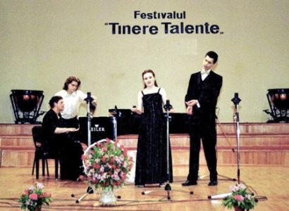 """RÂMNICU VÂLCEA: FESTIVALUL MUZICAL INTERNAŢIONAL """"TINERE TALENTE"""" EDIŢIA XXXVII"""