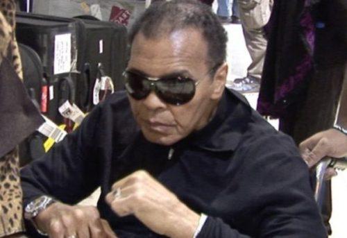 A murit Muhammad Ali, legenda boxului profesionist