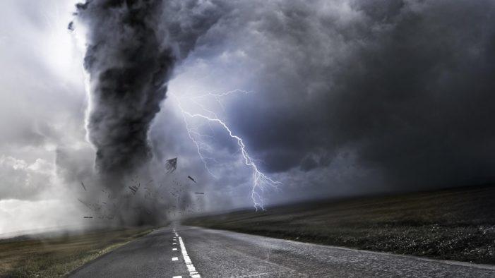 Avertizare meteo de furtuni pentru intreaga tara