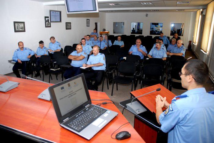 Jandarmi din 10 țări, în vizită la Jandarmeria Mehedinți