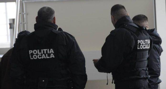 Înainte de a fi acuzat de uciderea Roxanei Mărdăşanu, Iacob Liviu Cristian fusese deja reţinut de către echipajul Poliţiei Locale Râmnicu Vâlcea