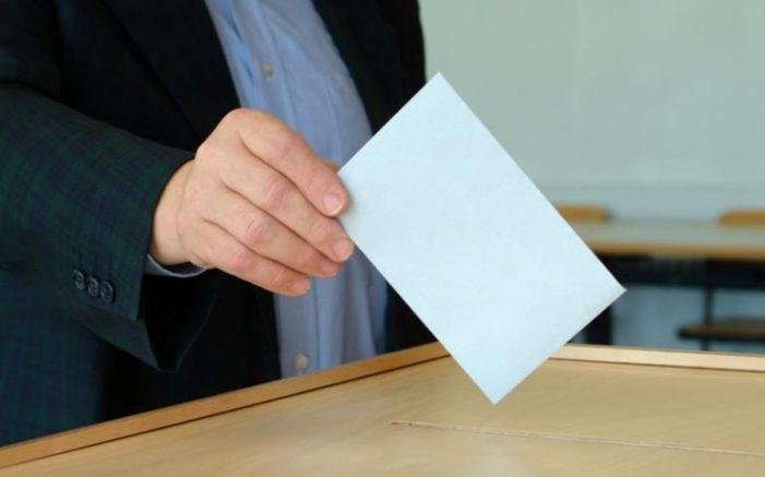 335.665 de valceni sunt asteptati la vot