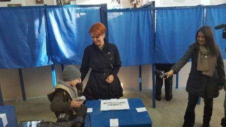 Lia Olguţa Vasilescu: Am votat pentru un Parlament eficient, care sa dea Romaniei un guvern competent