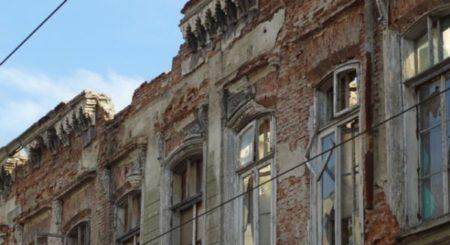 In Râmnicu Vâlcea, clădirile şi terenurile neîngrijite vor fi supraimpozitat