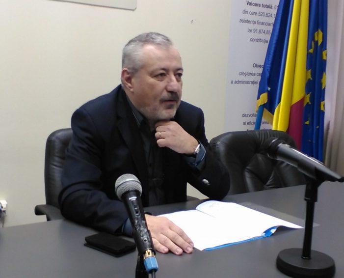 Valcea: Prefectul Radu Renga s-a întâlnit cu reprezentanții instituțiilor implicate în despăgubirea proprietarilor de terenuri afectate de procesul de exploatare a cărbunelui