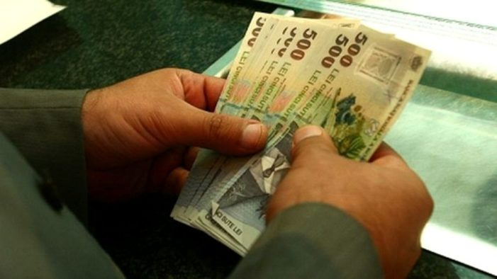 APIA: Peste 80% dintre fermierii care au depus cereri în anul 2017 pentru schemele de plată pe suprafaţă şi în sectorul zootehnic şi-au primit banii