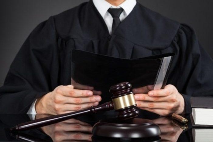 Vreti sa apelati la un avocat in 2017 ? Iata ce onorarii minimale  trebuie sa platesti