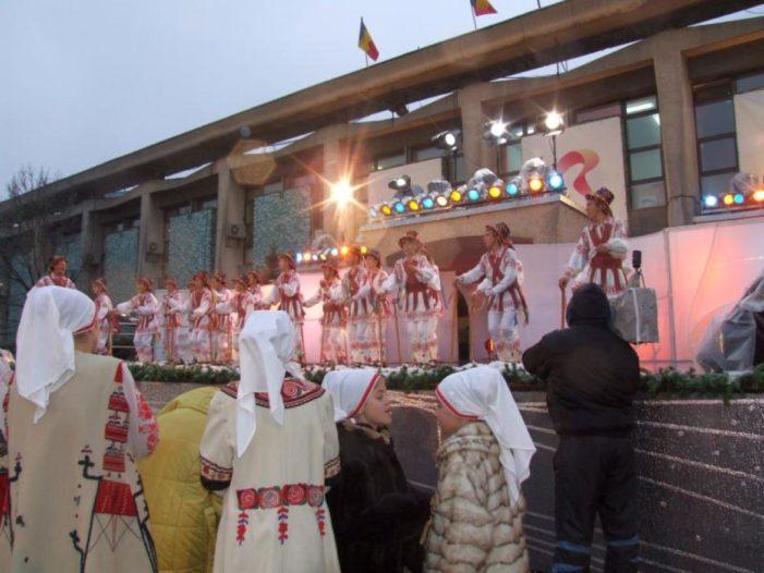 """Olt: Prima editie a Festivalului de folclor """"LICĂ MILITARU"""""""