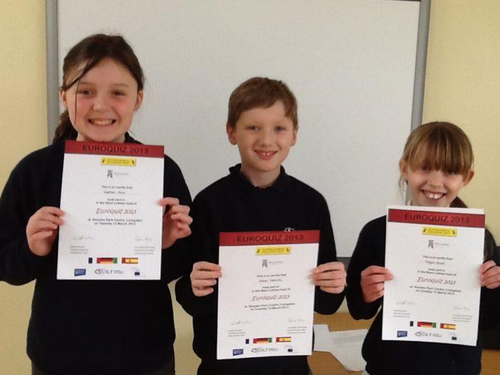 Elevii de clasa a VI-a din județul Dolj mai au la dispoziție cinci zile pentru a se înscrie în concursul Euro Quiz