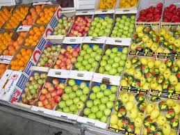 Controale in pietele din Romania. Se verifica provenienţa şi calitatea legumelor şi fructelor