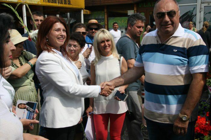 Solomon isi face planuri de viitor: Votez cu Anișoara Stănculescu