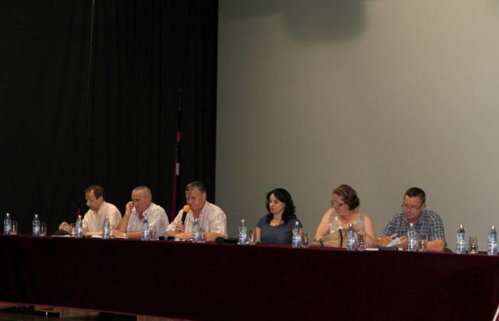 A doua întâlnire a primarului Mircia Gutău cu locuitorii din cartierul Ostroveni