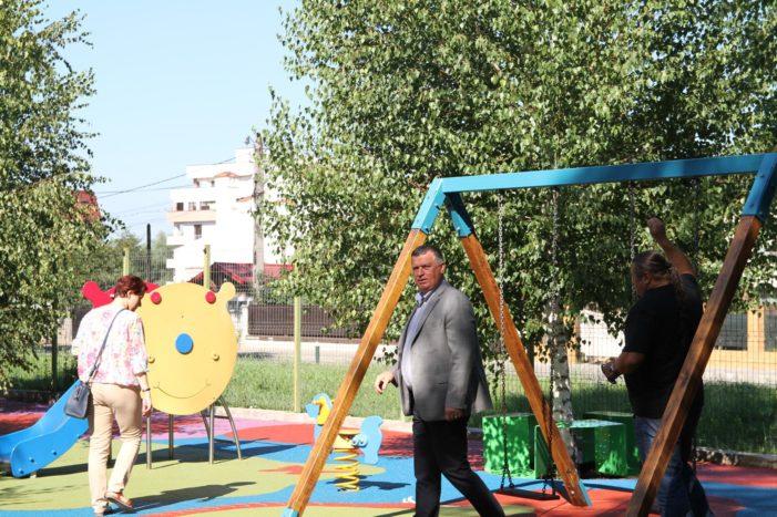 Ramnicu Valcea: A fost inaugurat locul de joacă modernizat de la Grădina Zoologică