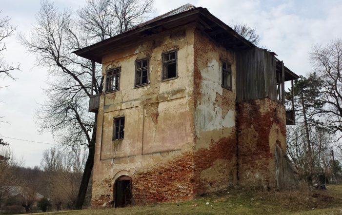 Presedintele CJ Dolj a semnat contractul de finanțare pentru proiectul privind restaurarea, consolidarea și promovarea monumentului istoric Cula Izvoranu-Geblescu