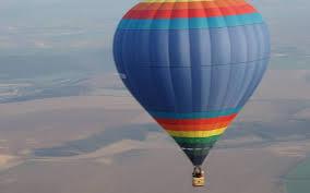 """Slatina: """"Aventura cu balonul"""", o noua forma de turism in Oltenia"""
