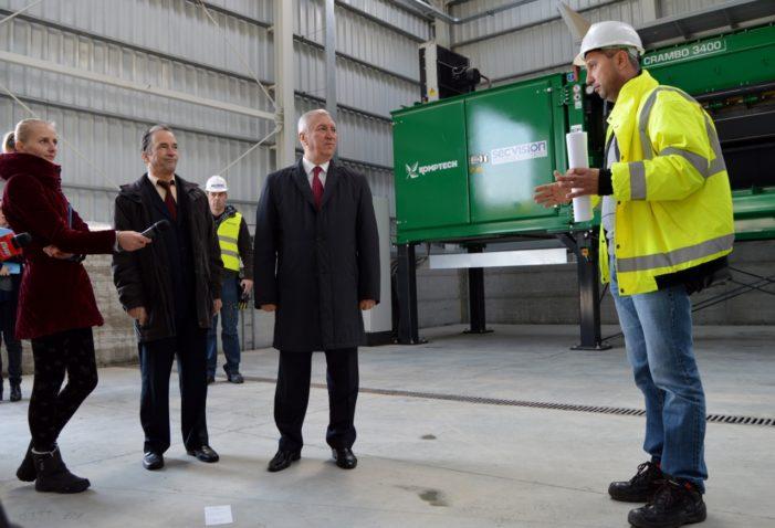CJ Dolj: Ion Prioteasa a inspectat lucrările realizate la stațiile de sortare și de compostare construite în Craiova, în zona Mofleni