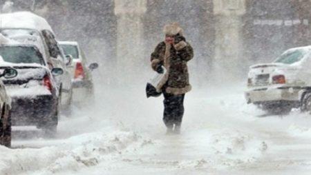 Vremea schimba foaia! Meteorologii anunță ninsoari în Oltenia