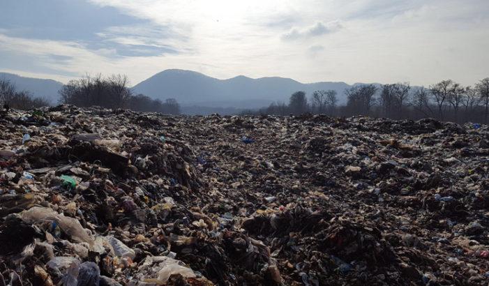 Prefectura Valcea, intalnire pe tema situaţiei actuale a depozitului de deşeuri din comuna Măldăreşti