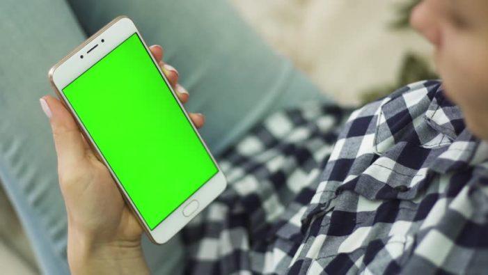 3 sfaturi UTILE pentru intretinerea smartphone-ului preferat!