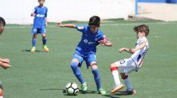 La Râmnicu Vâlcea se desfăşoară faza zonală a Campionatului Naţional de Fotbal Juniori U11