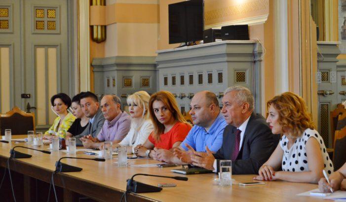 Președintele Consiliului Județean Dolj, Ion Prioteasa, a condus, miercuri, ședința de constituire a Autorității Teritoriale de Ordine Publică (ATOP)