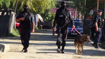 Cazul de sclavie din Arges: 38 suspecţi, reţinuţi pentru trafic de persoane