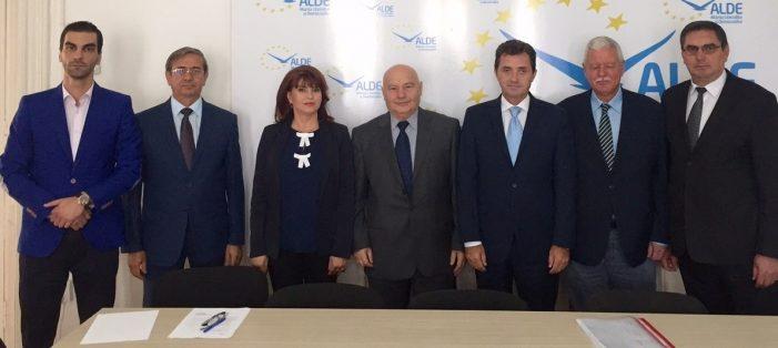 Apelul ALDE Dolj către politicienii și cetățenii județului