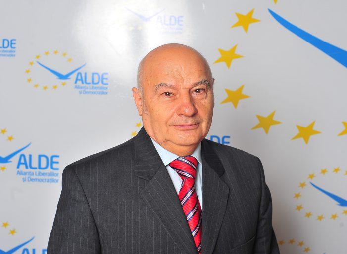"""Ionel Pană, vicepreşedinte ALDE Dolj: """"Atunci când guvernul Tăriceanu a introdus cota unică primul fenomen a fost scăderea evaziunii"""""""