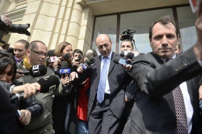 """Traian Basescu, audiat în dosarul """"Demisia în 5 minute"""""""