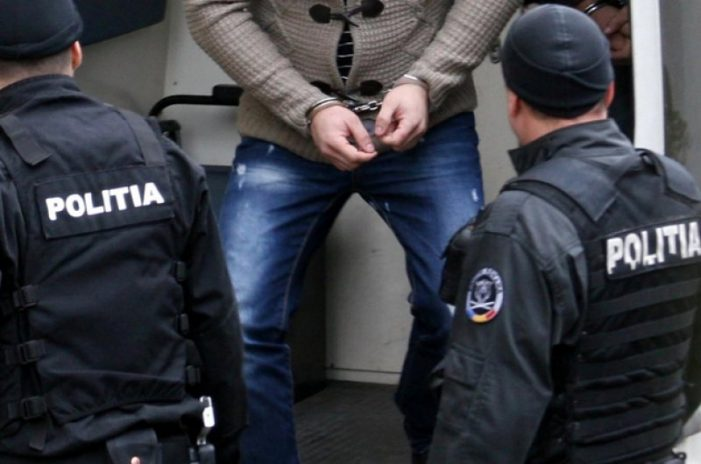 Craiova: Urmarit de autoritățile din Portugalia, prins de politistii craioveni