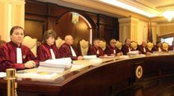 CCR a validat referendumul pe justiție
