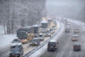Centrul INFOTRAFIC: Nu sunt semnalate drumuri naționale sau autostrăzi cu circulația întreruptă