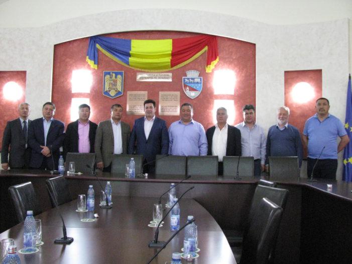 Delegaţie din Kîrgîzstan, în vizită la Primăria municipiului