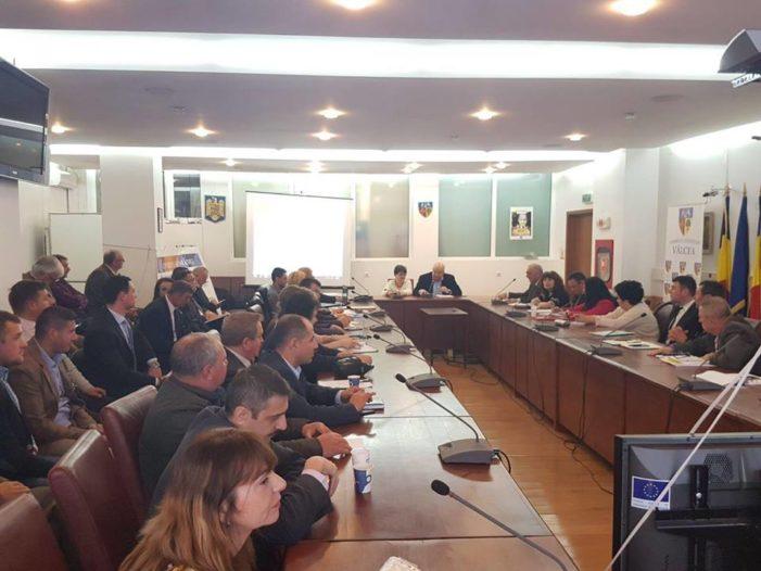 Valcea: Presedintii Consiliilor Județene Valcea, Argeș și Sibiu discuta ultimele detalii legate de demararea lucrarilor la  autostrada Sibiu-Pitești