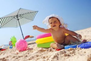 In concediu cu bebe! 6 sfaturi pentru o mamica responsabila