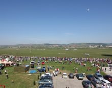 Spectacol aviatic la Aerodromul Craiova, de Ziua Copilului