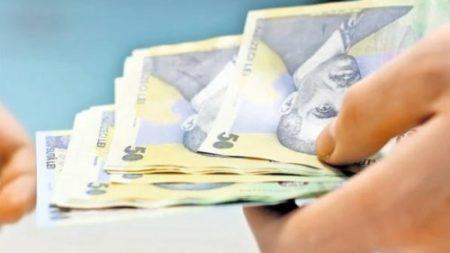 Bugetarii mai au de asteptat, maririle salariale vor fi aplicate dela 1 ianuarie 2018