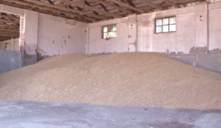 Vanzarea cerealelor se va face pe baza unor contracte de vânzare stabilite în mod unitar din punctul de vedere al clauzelor și condițiilor pentru toți producătorii agricoli