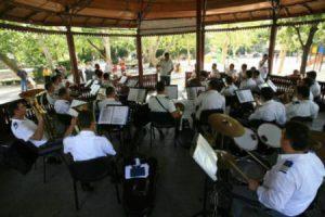 """Craiova: Concert de muzică de promenadă in Parcul """"Nicolae Romanescu"""""""