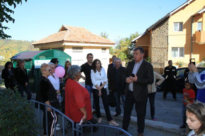 Ramnicu Valcea: A fost inaugurat cel de-al zecelea loc de joacă modernizat în acest an