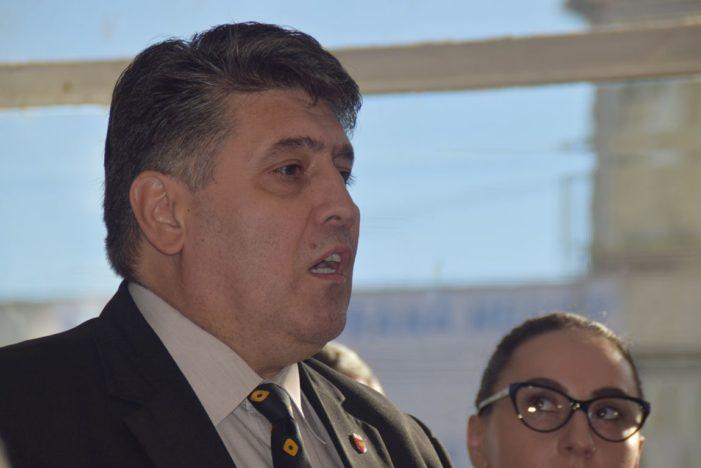Un vicepresedinte PNL cere ca angajatii din administratiile locale sa intre in grava