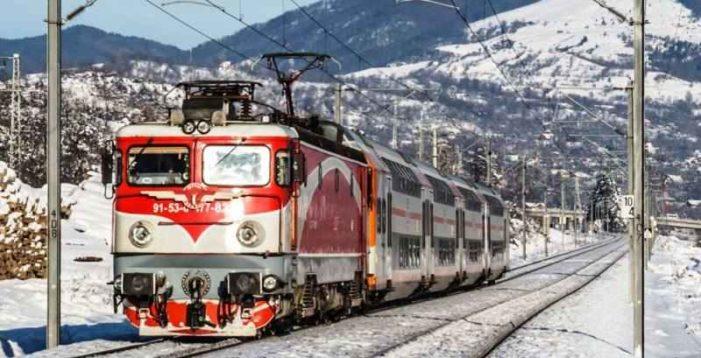 CFR introduce de astăzi Trenurile Zăpezii