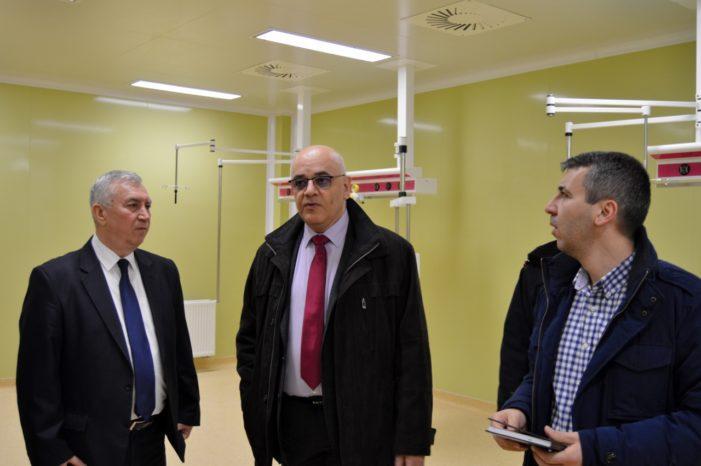 Raed Arafat, in vizita la Investițiile realizate de Consiliul Județean Dolj la Unitatea de Primiri Urgențe și la Clinica de Cardiologie Intervențională și Chirurgie Cardiovasculară din cadrul Spitalului Clinic Județean de Urgență