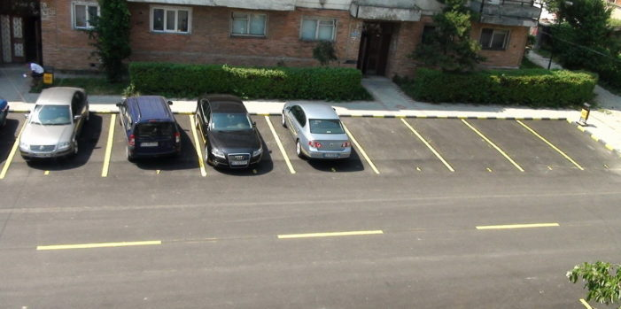 Mehedinti: USR se opune inventării unei taxe de parcare fără a oferi nici un serviciu în plus cetățenilor