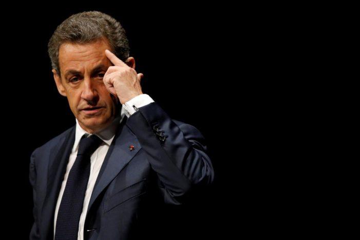 Nicolas Sarkozy, retinut pentru finanţarea ilegală a campaniei sale electorale din 2007