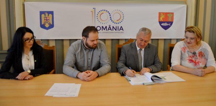 CJ Dolj: Presedintele Ion Prioteasa a semnat contractul de finanțare pentru modernizarea drumului județean DJ 652A